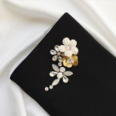 If you value yourself and desire to accord it the respect it deserves, then you should consider our colourful bejewelled hijab that gives your dressing a perfect finishing touch. Bead Embroidery Patterns, Beaded Embroidery, Hand Embroidery, Modest Fashion Hijab, Skirt Fashion, Abaya Fashion, Black Hijab, Sparkle Outfit, Hijab Dress Party