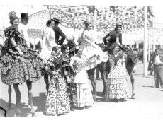 Spain Culture, Happy Endings, Popular Culture, Fairy Tales, Blood, History, Concert, Wedding, Image