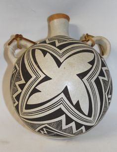 Native American Hopi Fine Mimbres Style Motif Pottery Canteen by Lucy Lewis 388 a.