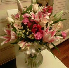 Mixed mothers day arrangement I did with Stargazer lillies