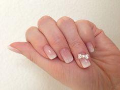 Nail Art with glitter (white gradation)