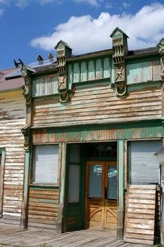 Silver City, Idaho is an old mining town up in the Owyhee mountain range between Jordan Valley Oregon and Murphy, Idaho.    In 1863 huge gold and...