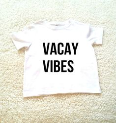 Vacay vibes graphic kids Tshirt. Sizes 2T 3t 4t 5/6T
