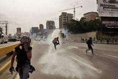#2Sep @ONU_es: autoridades #venezolanas han violado sistemáticamente el derecho de reunión pacífica - http://www.notiexpresscolor.com/2017/09/02/2sep-onu_es-autoridades-venezolanas-han-violado-sistematicamente-el-derecho-de-reunion-pacifica/