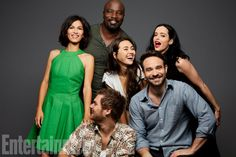 Elodie Yung, Mike Colter, Jessica Henwick, Krysten Ritter, Finn Jones and Charlie Cox at Comic-Con 2017 for Entertainment Weekly Marvel Defenders, Marvel Heroes, Marvel Characters, Marvel Dc, Marvel Comics, Elodie Yung, Jessica Jones, Jessica Henwick, Entertainment Weekly