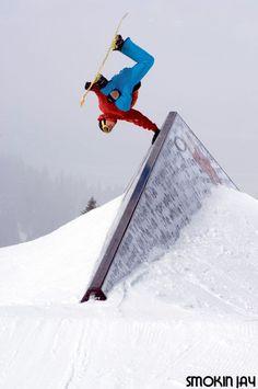 Smokin Snowboards - award winning snowboards hand made in Lake Tahoe California.