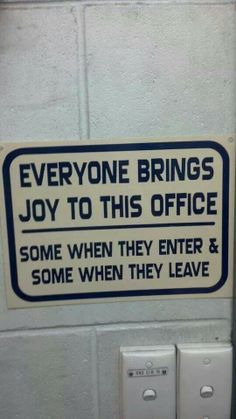 Lol ima definitely make one of these for work one day :)