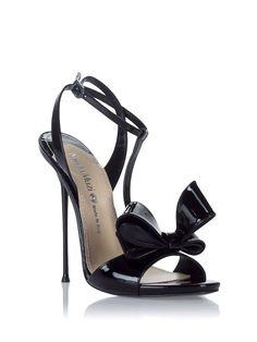 Nando Muzi Black Patent Bow Stiletto Sandal #Shoes #Heels looks soooo comfy!! Omg this beats my neutralizer shoes!