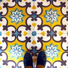 You thought we wouldn't find #tiles on the floors of #Valencia? How do you like these beauties?  #TileAddiction by tileaddiction