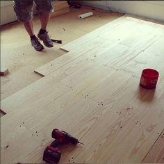 plywood flooring Pine Plank Floors: The Shabby Creek Cottage Diy Wood Floors, Real Wood Floors, Pine Floors, Diy Flooring, Wood Planks, Hardwood Floors, Laying Wood Floors, Cheap Flooring Ideas Diy, White Painted Wood Floors