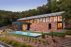 This impressive 2008 contemporary home perches on 20 acres in Sonoma, California, presiding over oak trees, Mount Diablo, and San Pablo Bay.