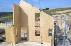Madera Tableros OSB Wooden Facade, Wooden Buildings, Timber Structure, Construction, Architecture, Interiors, Wood Boards, Fir Tree, Insulation