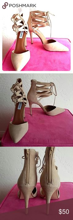 """Sexy Steve Madden lace front heels in original box 4 1/2"""" heels with front lacing & zip back detailing. Brand new. Never worn (see pic 4) Steve Madden Shoes Heels"""