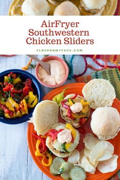 Airfryer Southwestern Chicken Sliders are moist and delicious. Airfrying removes most of the grease for a healthier fried food flavor Best Air Fryer Review, A Food, Good Food, Southwestern Chicken, Chicken Sliders, Slider Buns, Breaded Chicken, Ground Chicken, Game Day Food