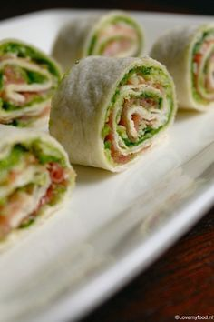 Ham and sesame rolls - Clean Eating Snacks Brunch, Good Healthy Recipes, Healthy Snacks, Ham Wraps, Good Food, Yummy Food, Snacks Für Party, Wrap Recipes, High Tea