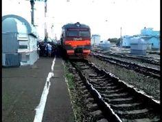 В Кропачево люди остановили поезд чтобы уехать на работу | Free RuTube