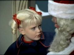 Moving away from the traditional nuclear family sitcom, the Brady Bunch featured a large extended family. Christmas Tv Shows, Christmas Episodes, Christmas Music, Christmas Movies, Ann B Davis, Favorite Christmas Songs, The Brady Bunch, Tv Episodes, Classic Tv