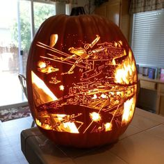 Post with 1800 votes and 83611 views. Tagged with star wars, awesome, halloween; Shared by Old but awesome Halloween Pumpkin Designs, Halloween Pumpkins, Halloween Crafts, Halloween Ideas, Star Wars Meme, Star Wars Art, Memes Fr, Daily Memes, Funny Memes