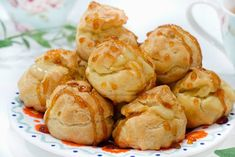 Soes Vla Durian - Bali Food Blogger: Resep dan Review by Sashy Little Kitchen All Recipes Chicken, Little Kitchen, Allrecipes, Shrimp, Snacks, Meat, Vegetables, Bali, Food