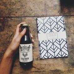 Um caderno chique como este: | 16 ideias de presentes de última hora para a musa da sua vida