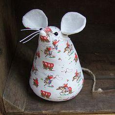 mouse door stop