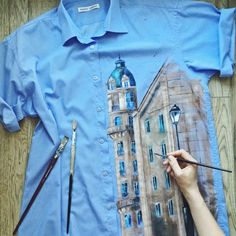 Painted Jeans, Painted Clothes, Custom Clothes, Diy Clothes, Kleidung Design, Paint Shirts, T Shirt Painting, Denim Art, Fashion Painting