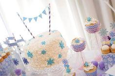 Festa Frozen: delicada e elegante | Macetes de Mãe