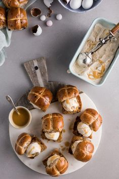 WARM HOT CROSS BUN SANDWICHES WITH SNICKERDOODLE ICE CREAM AND BUTTERSCOTCH SAUCE