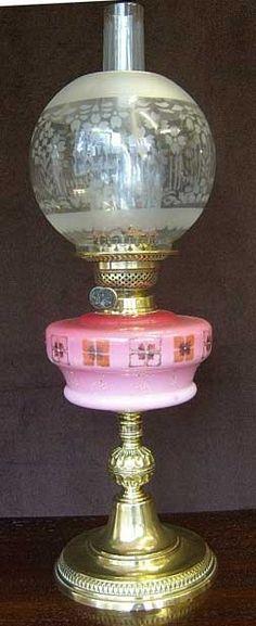 444r1 Victorian Oil Lamp