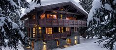 World class luxury ski holiday Chalet Gentianes in Courchevel 1850 available to… Alpine Chalet, Swiss Chalet, Courchevel 1850, Luxury Ski Holidays, Chalet Design, House Design, Eco Buildings, Alpine Style, Winter House