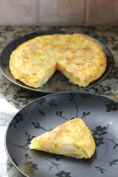 Spanish Tortilla. Yum, yum, yum. I NEED TO MAKE THIS. When I was in Spain, this was one of the best things I ate.
