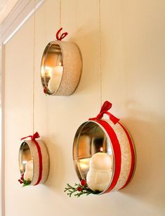 Repurpose cookie tins: | 10 Adorable Ways To Decorate A Small Space For The Holidays