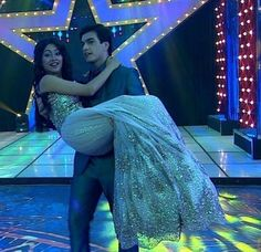 Kaira luvers Romantic Couples, Cute Couples, Best Couple Pictures, Bridal Mehndi Dresses, Indian Show, Kartik And Naira, Kaira Yrkkh, Cutest Couple Ever, Best Love Stories