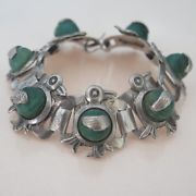 Vintage Early Mexican 1940's Sterling Silver Bird Green Agate Bracelet
