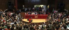 El rector de la Complutense llama a la movilización contra los recortes : centenares de estudiantes protestan en las universidades y en el centro de Madrid / PIlar Álvarez @el_pais_madrid | #universidadencrisis