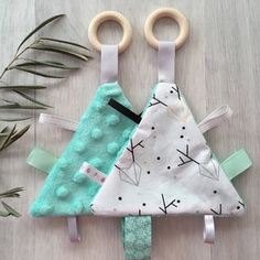 Baby Sewing Projects, Sewing Projects For Beginners, Sewing For Kids, Sewing Crafts, Diy Baby Gifts, Baby Crafts, Crafts For Kids, Fabric Toys, Fabric Crafts