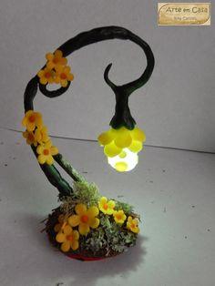 Arte em Casa por Rita Candeu: Trepadeira amarela com led