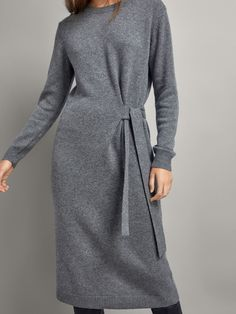 Women´s Cashmere at Massimo Dutti online. Enter now and view our spring summer 2017 Cashmere collection. Floryday Vestidos, Fashion Vestidos, Hijab Fashion, Fashion Dresses, Fashion Fashion, Cute Dresses, Casual Dresses, Dance Dresses, Cashmere Dress