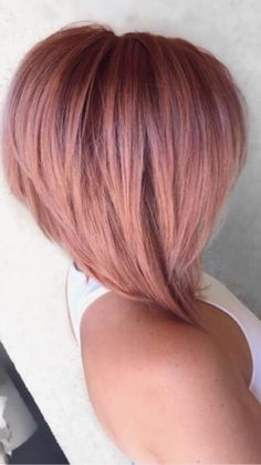 This cut is perfect with the layers Cortes de cabelo da moda Medium Hair Styles, Curly Hair Styles, Mom Hairstyles, Haircuts, Hair Color Auburn, Pinterest Hair, Haircut And Color, Layered Hair, Great Hair