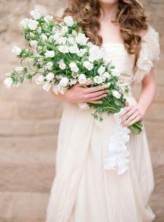 gorgeous bouquet! photo by Elizabeth Messina