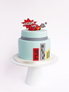 Peaceofcake ♥ Sweet Design: Cars 2 Cake • Bolo Cars 2