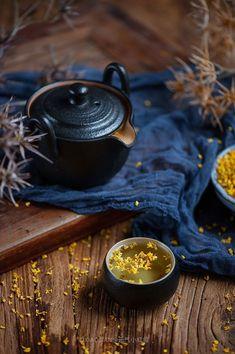 Fragrant tea inspiration for Karen Gilbert - Glassware Ideas Momento Cafe, Tee Kunst, Chinese Tea, Tea Art, Mini Desserts, Tea Ceremony, Herbal Tea, Tea Recipes, High Tea