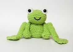 PDF Crochet Pattern for Frog Prince and Daisy by oliverboliver