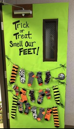 Trick or treat smell my feet door decoration
