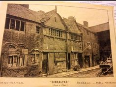 After researching in Chetham's Library we came across a few images of how Angel Meadow was during it's slum days. As you can see the houses were barely held together, and the streets lo… Manchester Cathedral, Manchester City Centre, Manchester Street, Manchester Uk, Old Pictures, Old Photos, Vintage Photos, First Color Photograph, Wales