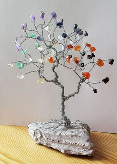 Mini Chakra Wire Gem Tree Sculpture on Earthy by SpiritGemDesigns Gem Crafts, Wire Crafts, Rock Crafts, Diy And Crafts, Tree Of Life Art, Yoga Decor, Wire Tree Sculpture, Crystal Tree, Wire Trees