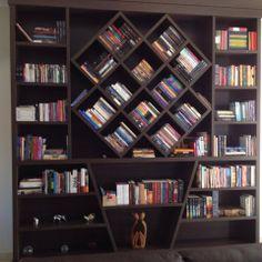 Interior Living Room Design Trends for 2019 - Interior Design Creative Bookshelves, Floating Bookshelves, Simple Bookshelf, Bookshelf Plans, Bookshelf Design, Bookcase Styling, Wall Design, House Design, Room Deco