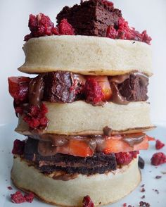 Its almost the weekend and what better way to celebrate than this crumpet stack filled with strawberries brownie and red velvet gookie dough  . .  @i_squat_for_pizza