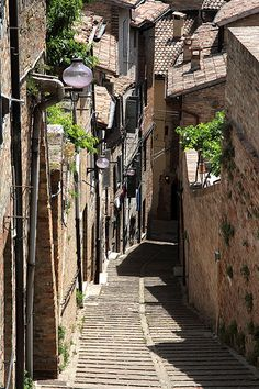 Piola Santa Margherita, Urbino, Le Marche, www. Italy Vacation, Italy Travel, Best Places To Live, Places To See, Santa Margherita Italy, Beautiful World, Beautiful Places, Italy Street, Living In Italy