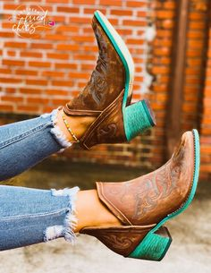 The embroidery on this bootie is a dream! Available in sizes 6-12 Boots For Short Women, Short Black Boots, Short Cowgirl Boots, Womens Cowgirl Boots, Cute Shoes, Me Too Shoes, Women's Shoes, Shoes Style, Shoes Men